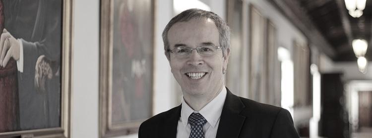 Reitor da Universidade de Coimbra rejeita passagem a fundação